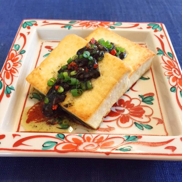 島豆腐のステーキ イチャガラスーソース